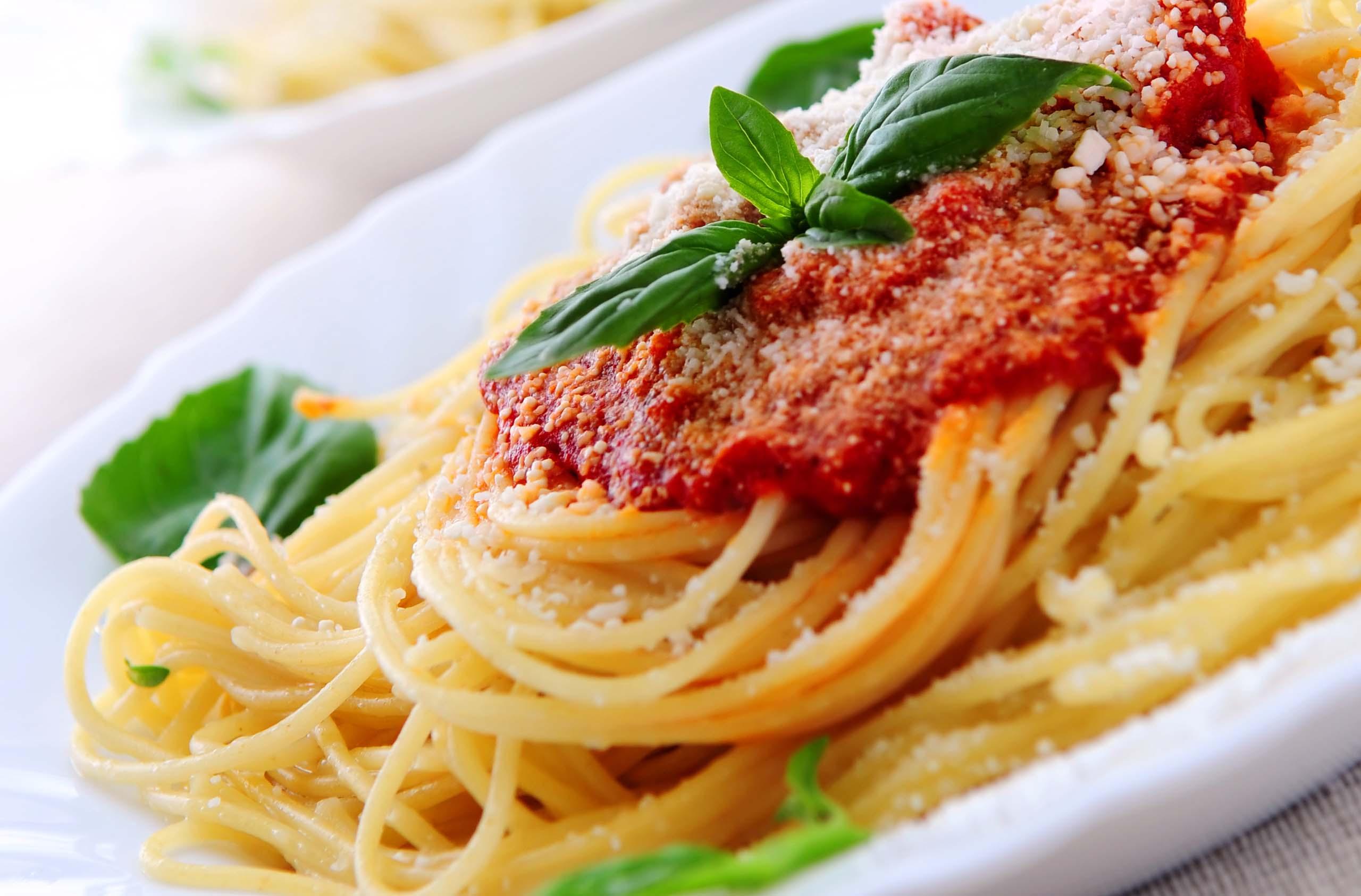 Pasta Marinara Fotolia_6221608_Subscription_Monthly_XL1